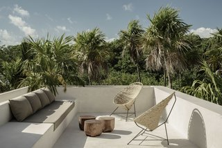 A Serene Tulum Tree House Perched Between the Jungle and the Sea