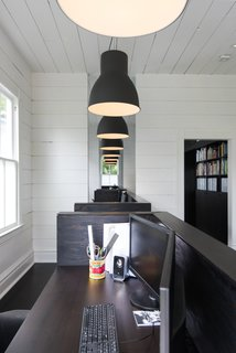 A Victorian Cottage in Houston Finds New Life as a Local Firm's Office - Photo 7 of 13 -