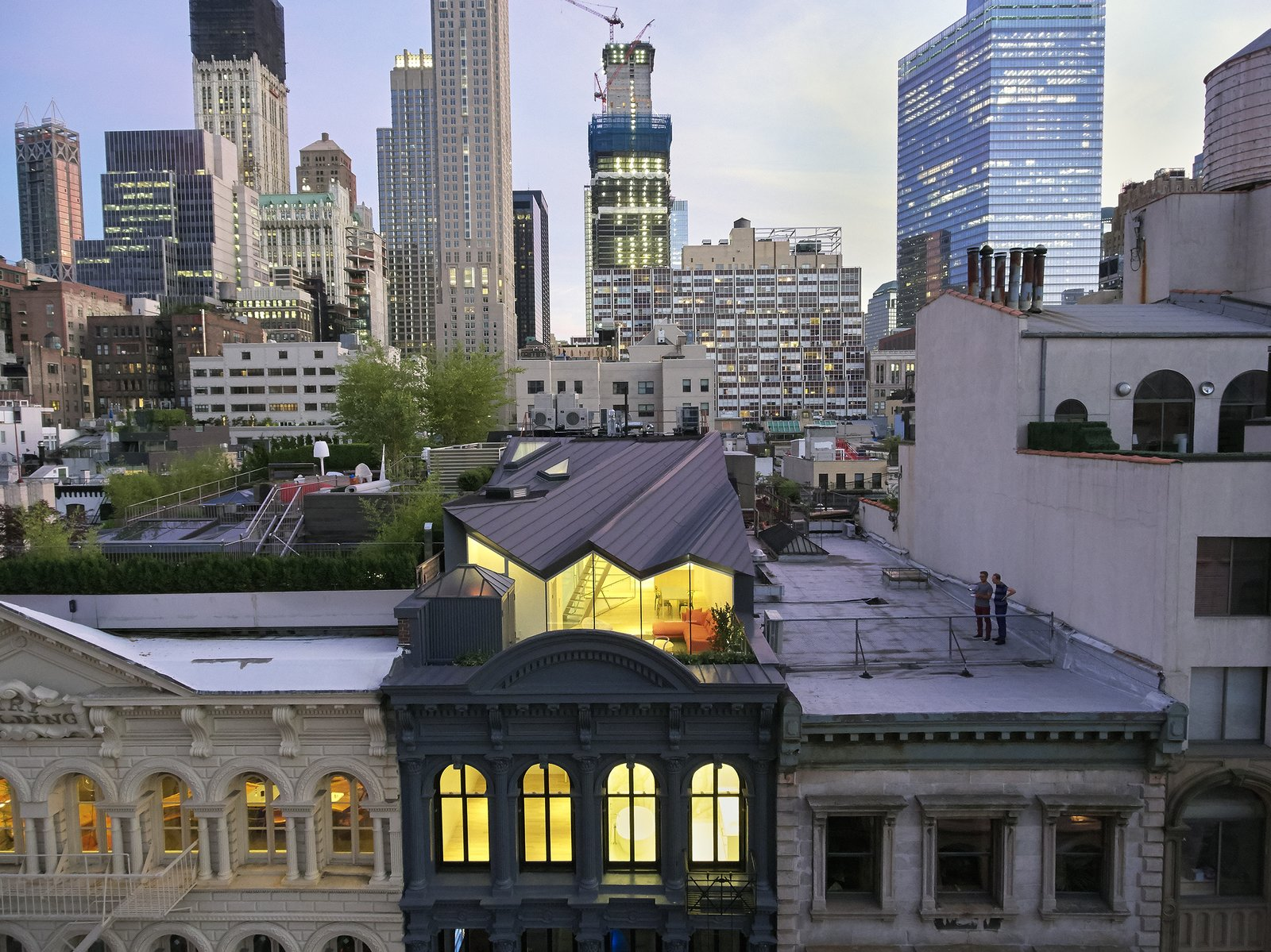 A Hidden Penthouse Sits Atop a Historic Cast-Iron Building in New York