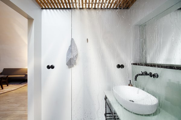 A private en-suite bath comes with the luxury of the private rooms.