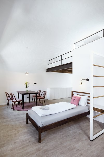 The Girls Choice, 6 bed dorm is complete with a custom built mezzanine floor.