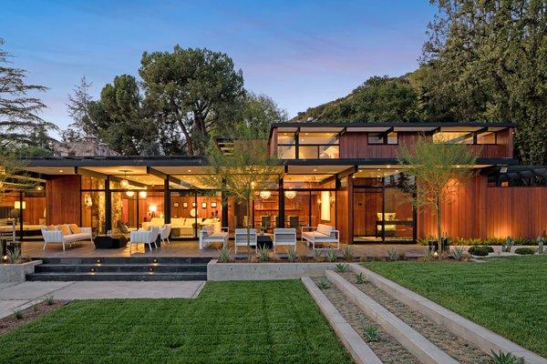 An Award-Winning Midcentury Residence in Pasadena Asks $3.9M