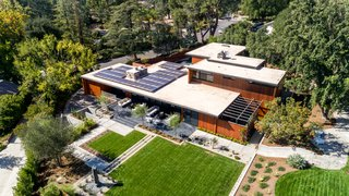 An Award-Winning Midcentury Residence in Los Angeles County Asks $3.9M - Photo 15 of 17 - A rooftop solar array increases the energy efficiency for the residence.