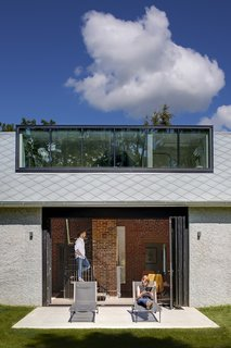 An 1850s Farmhouse in Iowa City Gets a Modern Makeover - Photo 9 of 12 -