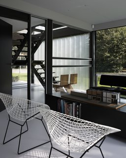 A Fantastic Renovation in Belgium Rescues a Bauhaus-Inspired Home - Photo 5 of 11 -