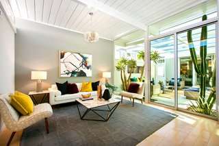 A Glowing Eichler Home in San Francisco Asks $2.15M - Photo 2 of 14 -