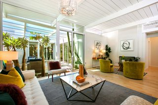 A Glowing Eichler Home in San Francisco Asks $2.15M - Photo 3 of 14 -