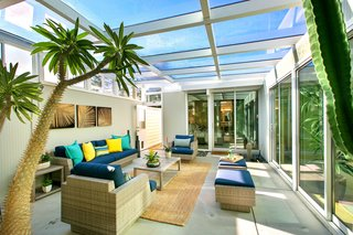 A Glowing Eichler Home in San Francisco Asks $2.15M - Photo 4 of 14 -