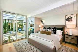 A Glowing Eichler Home in San Francisco Asks $2.15M - Photo 9 of 14 -