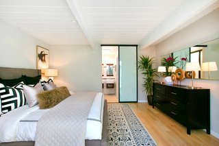 A Glowing Eichler Home in San Francisco Asks $2.15M - Photo 10 of 14 -