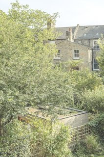 A London Couple's Backyard Studio Is Clad in Sustainable Cork - Photo 1 of 8 -