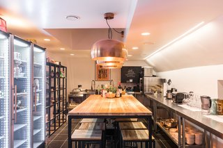 Forget Coworking—These Coliving Spaces Let You Travel the World For $1,800 a Month - Photo 17 of 25 - Roam London kitchen