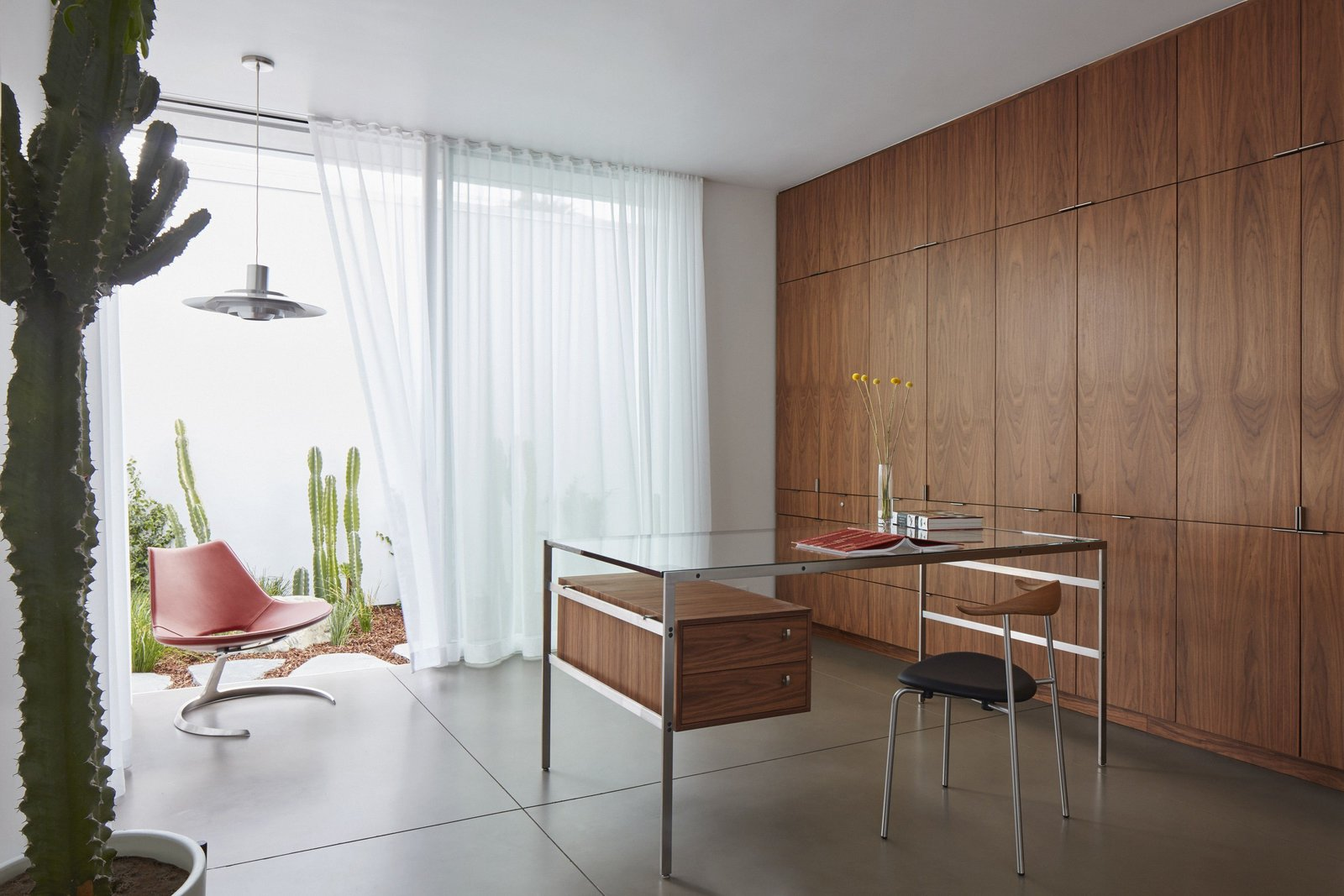 In 2015 the Fabricius & Kastholm desk bo-555 was manufactured for the Santa Monica Residence. Before that, it hadn't been manufactured for more than two decades. Tagged: Office, Study, Chair, Desk, Concrete, Lamps, and Storage.  Best Office Concrete Desk Photos from Santa Monica Residence