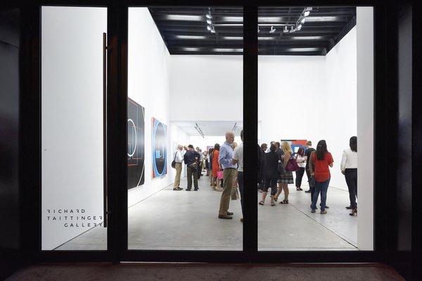 Photo  of Richard Taittinger Gallery modern home
