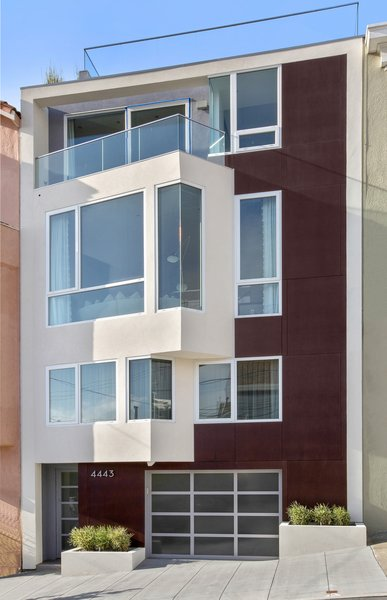 Modern home with outdoor and front yard. Photo 8 of LEED Platinum House in SF