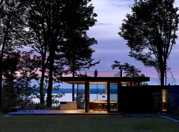 Modern home with outdoor, rooftop, and back yard. Case Inlet Retreat Photo 8 of Case Inlet Retreat