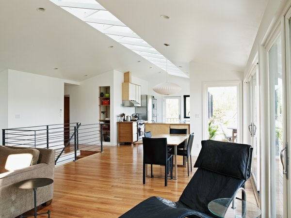 Modern home with living room. Atomic Ranch by Graham Baba Architects Photo  of Atomic Ranch