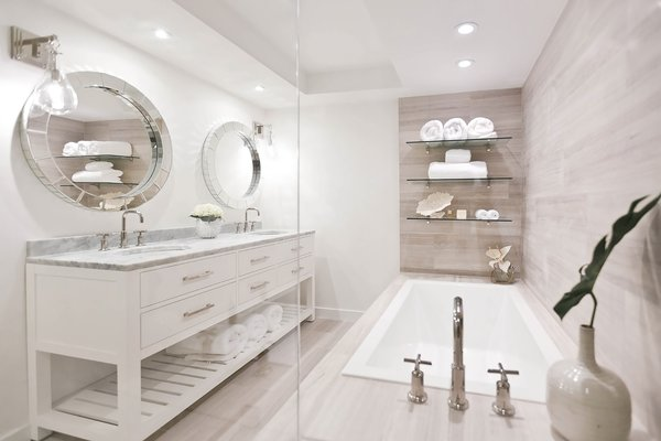 Modern home with bath room. Photo 4 of The Big Fish