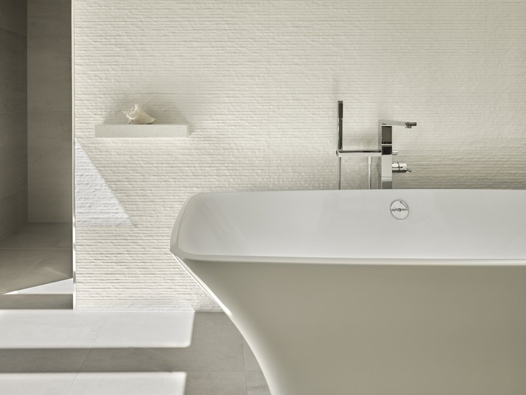 Bath wall. Tagged: Bath Room and Freestanding Tub.  Wine Country Cool by George Bevan