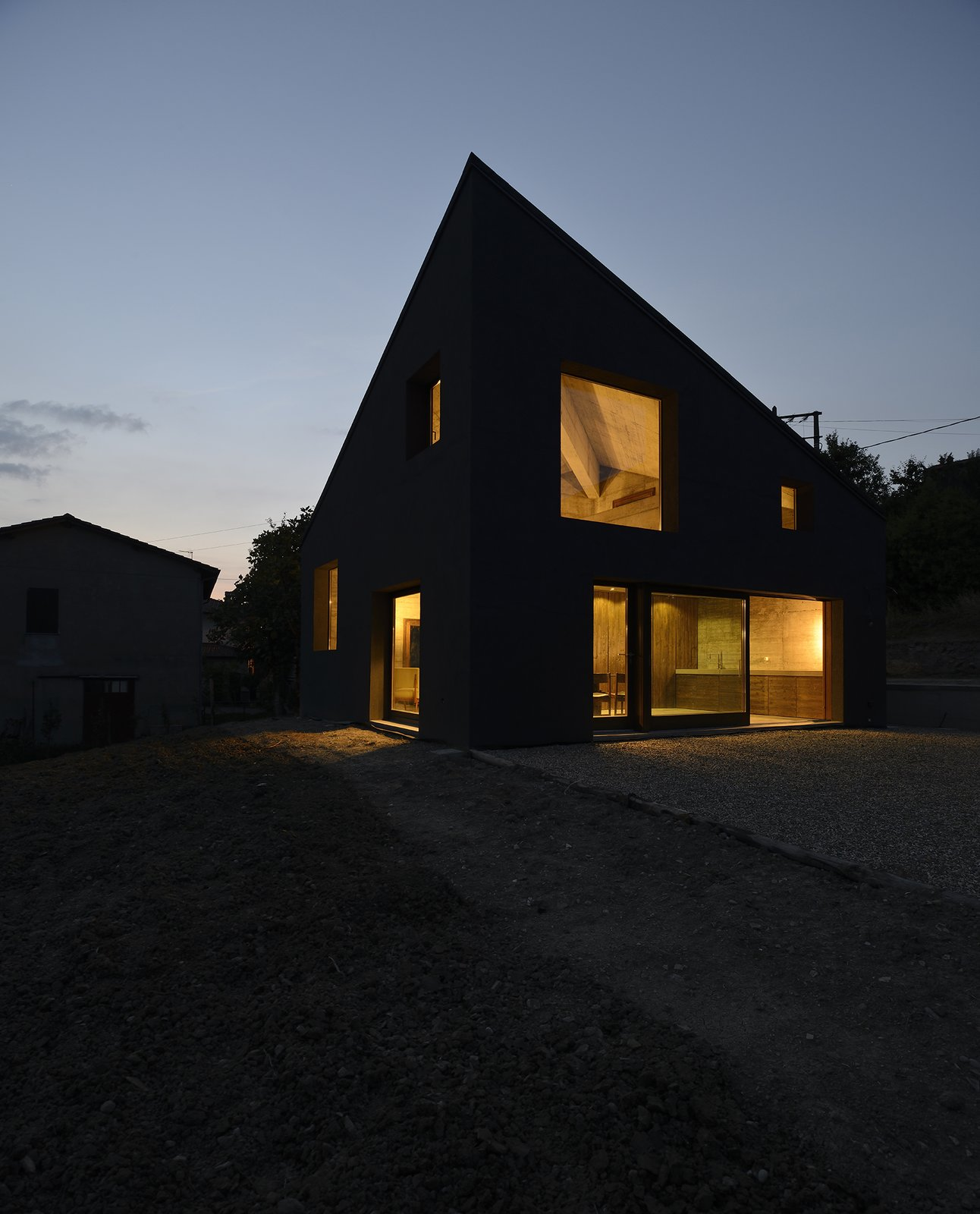Tagged: Outdoor, Garden, Gardens, Grass, and Vegetables.  HOUSE R by 35astudio