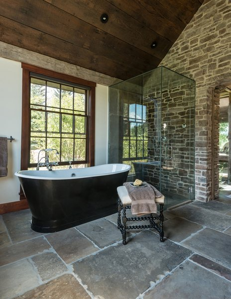 Modern home with bath room. Photo 6 of The Creamery