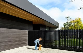 Follow Us to Japan, Australia, and Mexico to See Our Top 3 Homes of the Week - Photo 1 of 9 -