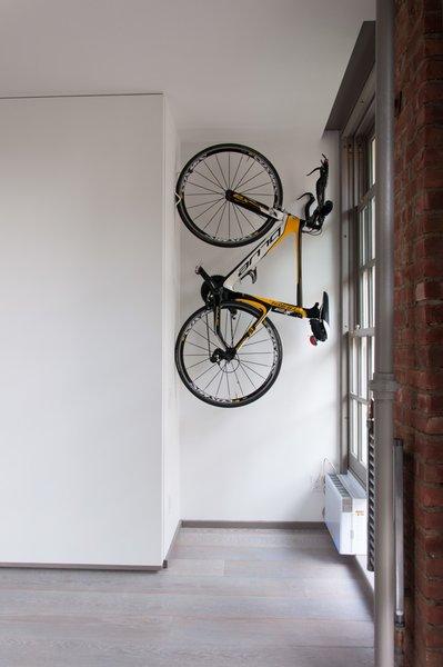 Modern home with office. Office Bike Storage Photo 6 of Cherokee Loft