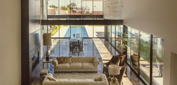 Modern home with windows, picture window type, and metal. Photo 3 of Casa Norte