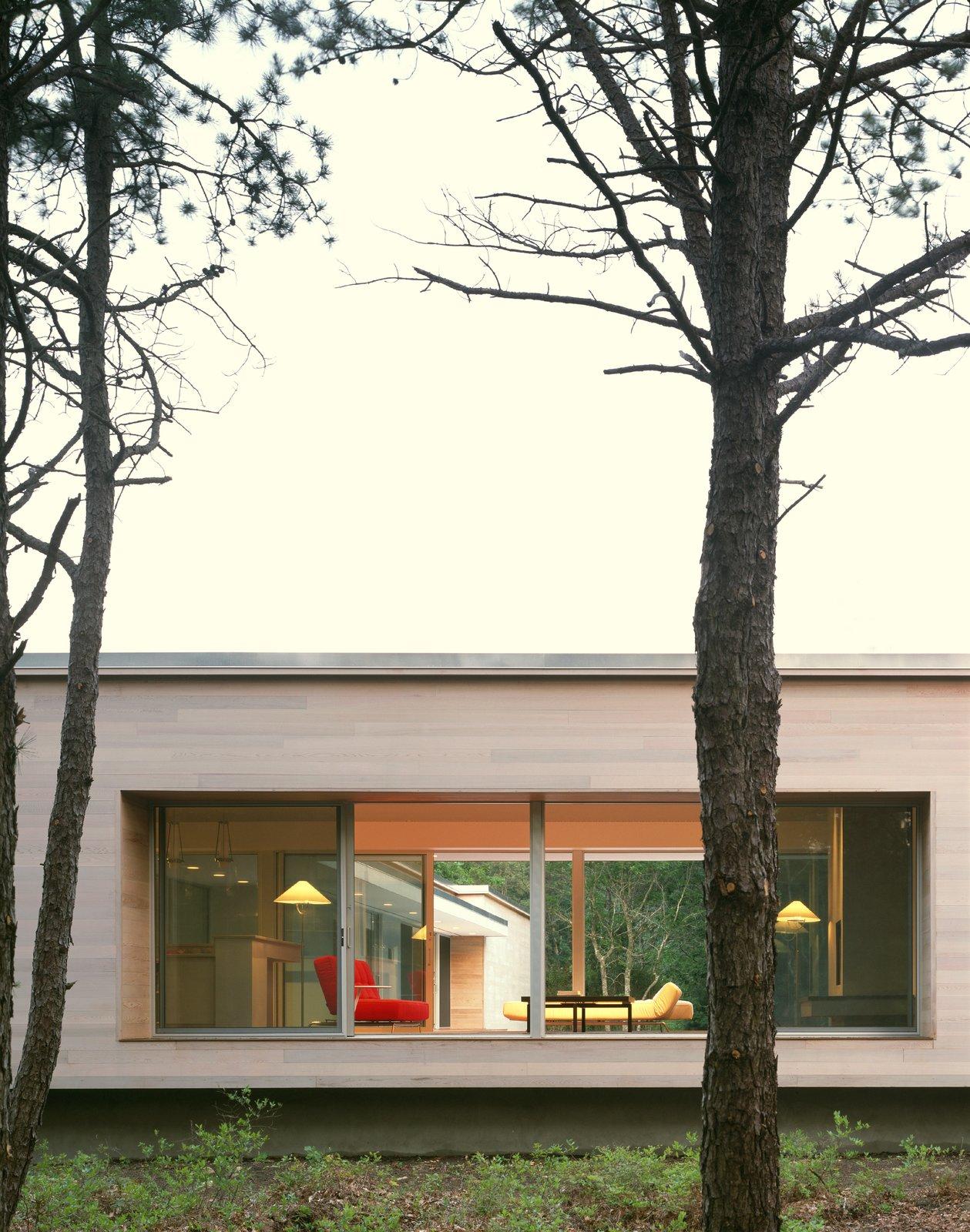 Sagaponac House by Hariri & Hariri Architecture