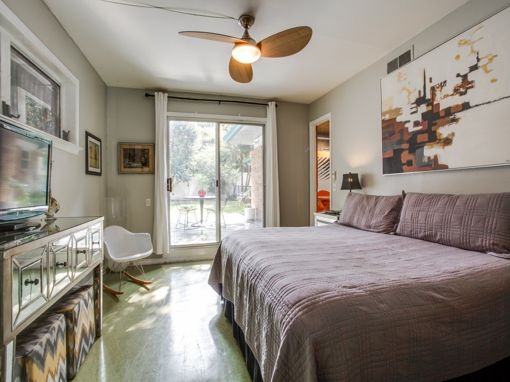 Candy-Colored Mid-Century Modern Throwback by Zillow