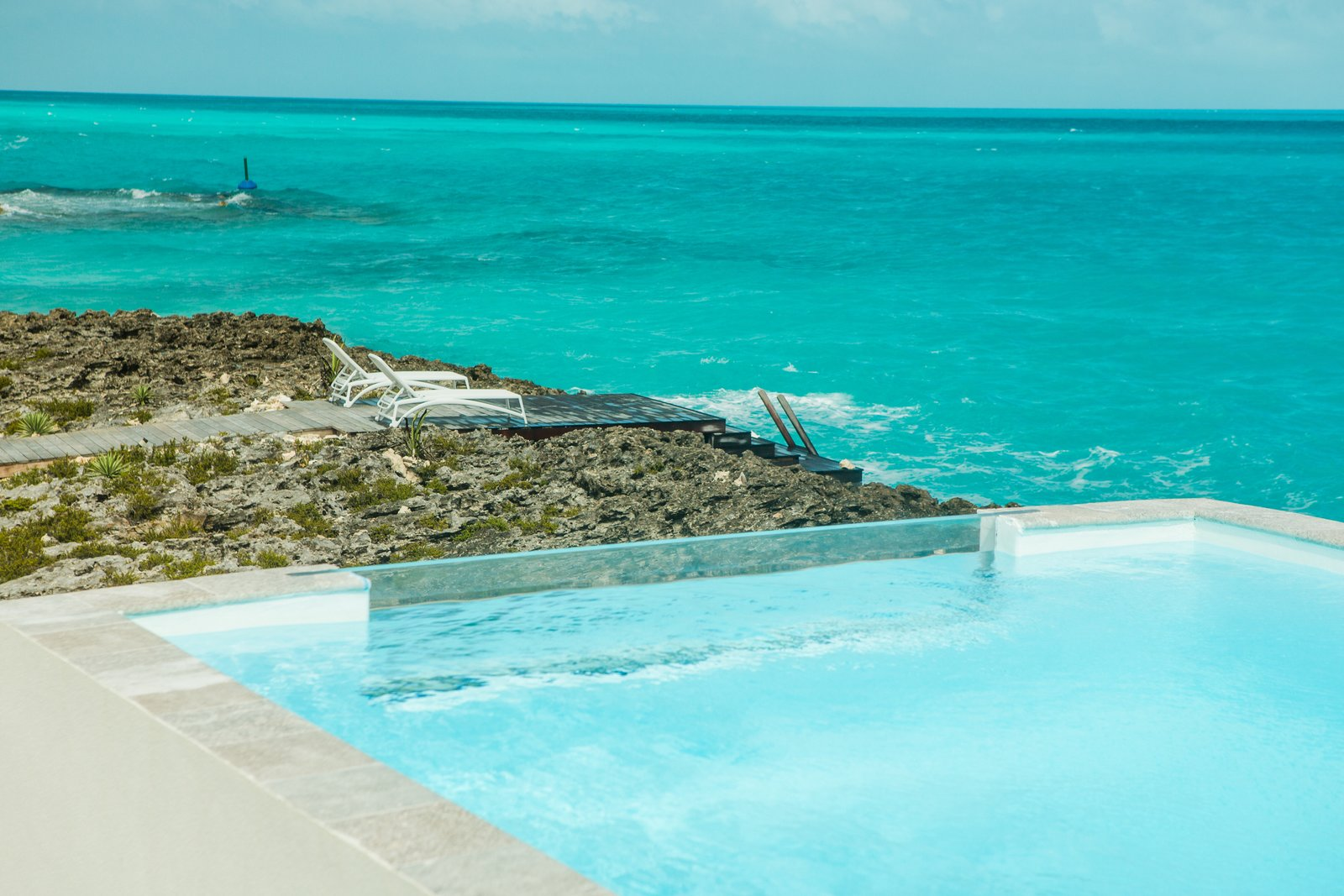 Tagged: Outdoor, Large Pools, Tubs, Shower, Plunge Pools, Tubs, Shower, Outdoor, Infinity Pools, Tubs, Shower, and Front Yard.  Tip of the Tail Villa by Zillow