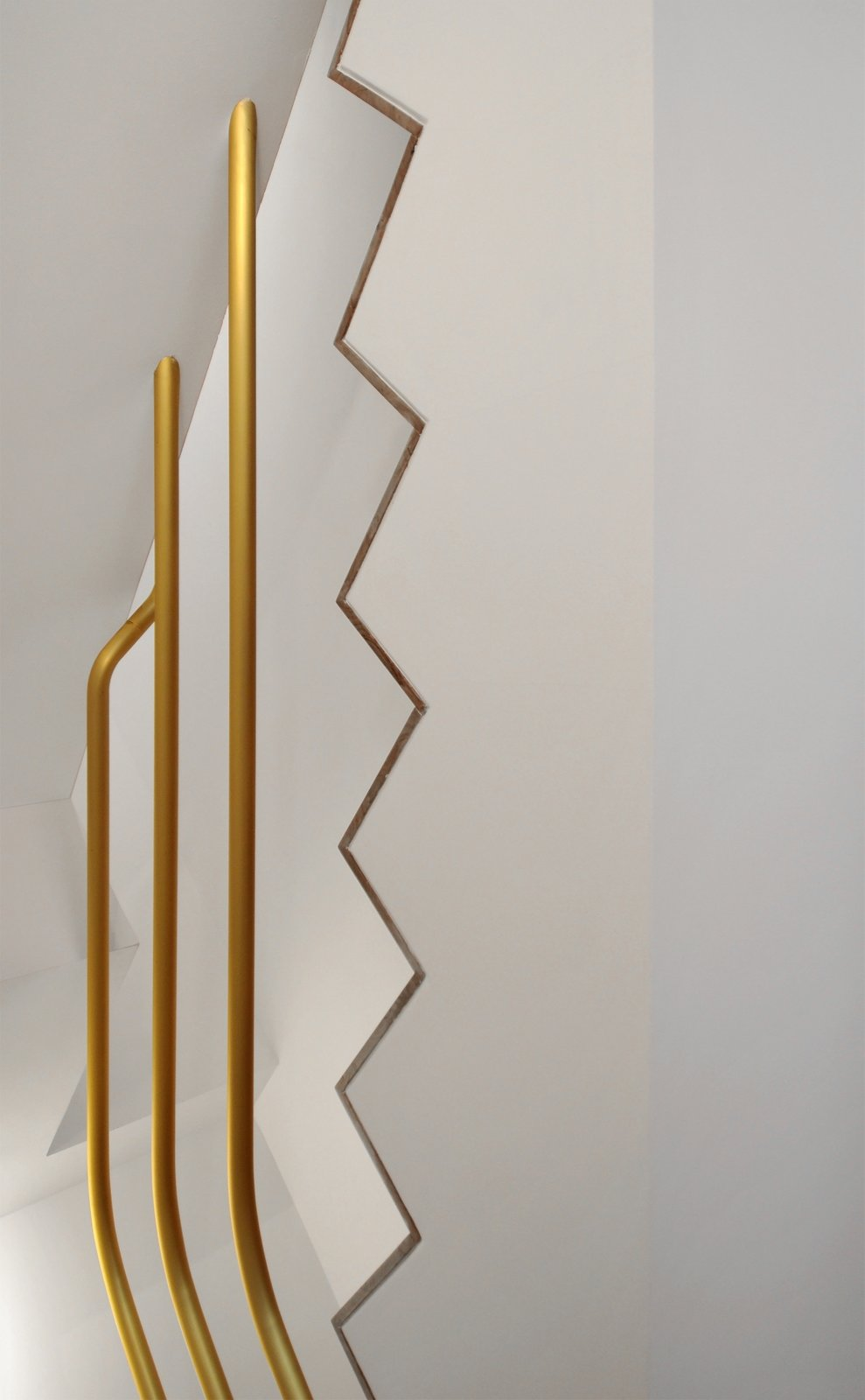 Tagged: Staircase, Wood Tread, and Metal Railing.  cdr by tissellistudioarchitetti