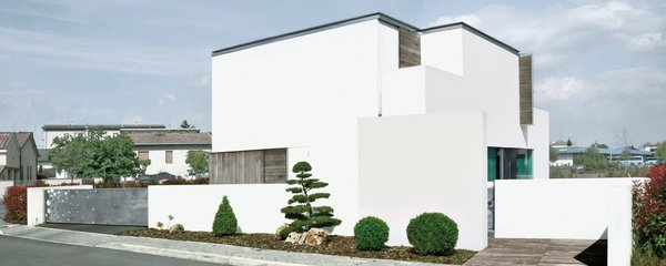 Modern home with outdoor, walkways, shrubs, gardens, front yard, trees, and wood patio, porch, deck. Photo 3 of sup
