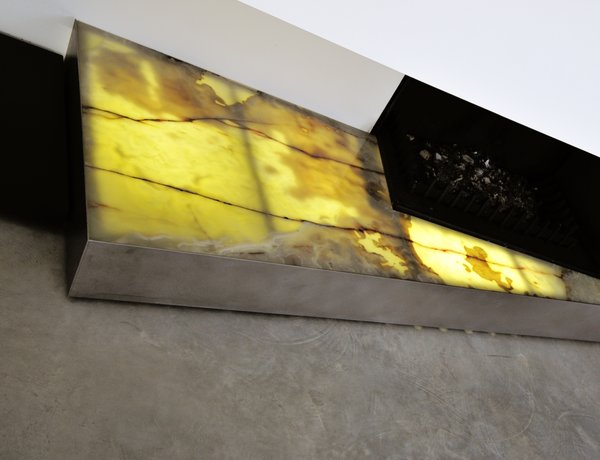 Modern home with living room and concrete floor. Photo 8 of sup