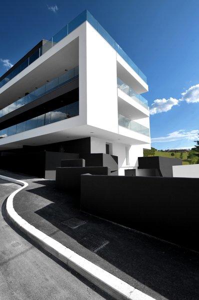 Photo 3 of sd modern home
