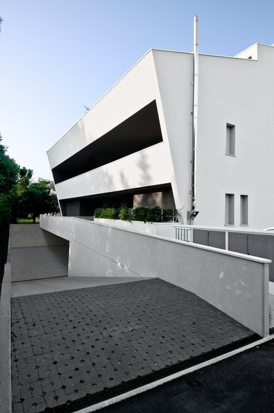 Modern home with outdoor. Photo 5 of vc1