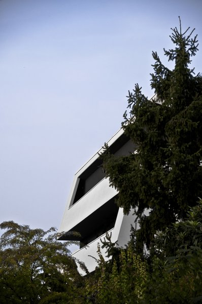 Modern home with outdoor. Photo 7 of vc1