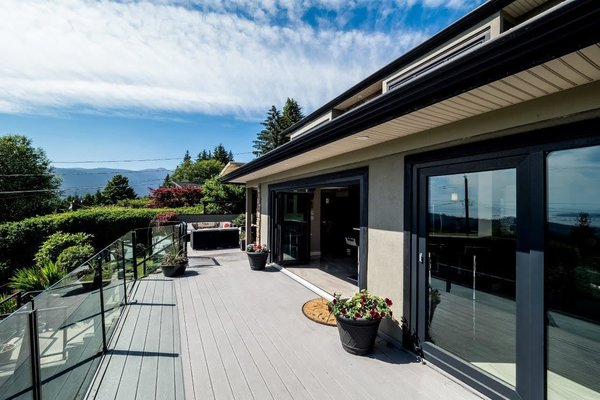 Modern home with outdoor and large patio, porch, deck. Photo 3 of City and Ocean View Home