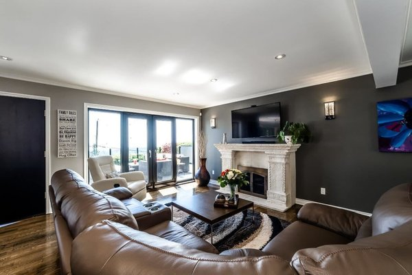Modern home with living room. Photo 8 of City and Ocean View Home