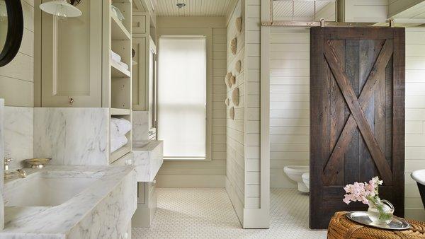 Modern home with bath room. Mutiny Bay Photo 9 of Mutiny Bay