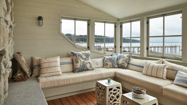 Modern home with living room. Mutiny Bay Photo 14 of Mutiny Bay
