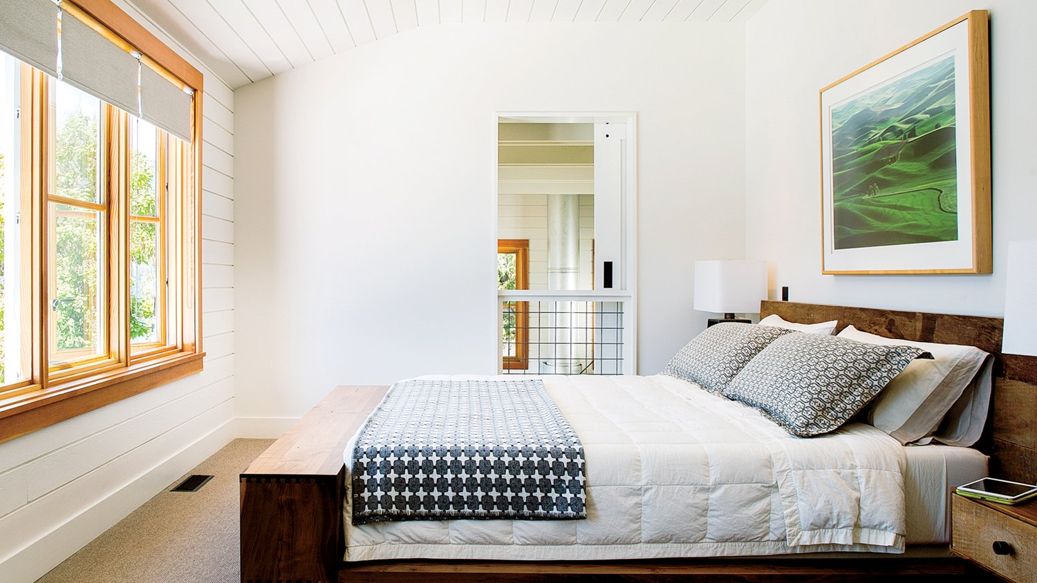 Lake Chelan Tagged: Bedroom and Bed.  Lake Chelan by Hoedemaker Pfeiffer