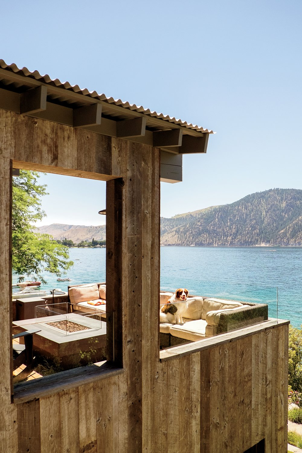 Lake Chelan Tagged: Outdoor, Small Patio, Porch, Deck, and Wood Patio, Porch, Deck.  Lake Chelan by Hoedemaker Pfeiffer