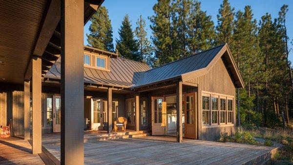 Modern home with outdoor. Suncadia Photo 4 of Suncadia