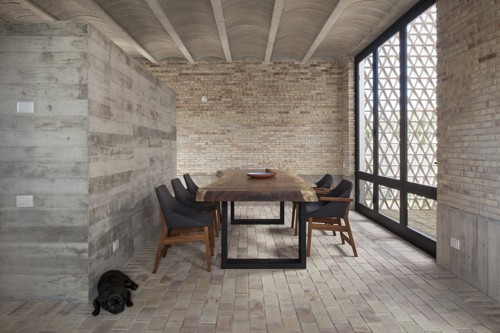 Dining room. Tagged: Dining Room and Table.  Casa Iguana by OBRA BLANCA