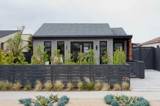 Merging Inside and Out, an L.A. Firm Modernizes a 1940s Abode - Photo 2 of 18 - Front Facade - View From Street