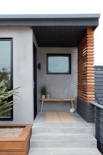 Merging Inside and Out, an L.A. Firm Modernizes a 1940s Abode - Photo 5 of 18 - Front Entry Door & Privacy Screen