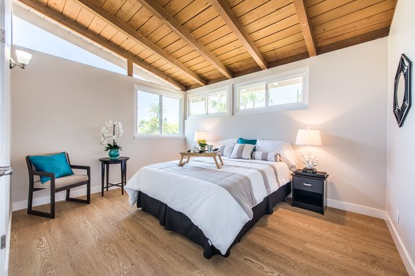 Modern home with bedroom. Photo 7 of Gorgeous Palmer & Krisel Home in the Heart of San Fernando Valley, CA