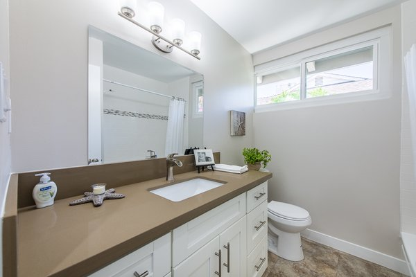 Modern home with bath room. Photo 9 of Gorgeous Palmer & Krisel Home in the Heart of San Fernando Valley, CA