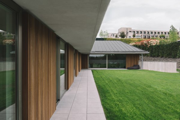 Modern home with outdoor. Photo 8 of The Öcher House
